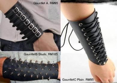 Punk Studs Bangle Gauntlet Armband Wristband