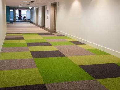 Carpet tiles / roll carpet at office and shoplot