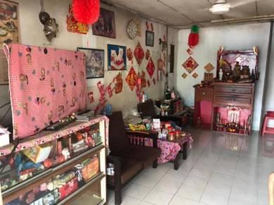 Taman Kolombong LANDED OLD HOUSE for SALE