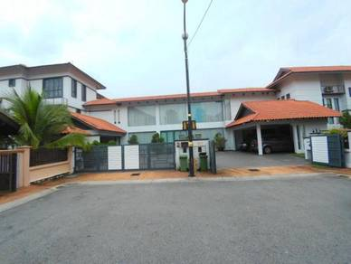 2 1/2 storey & 2 storey (joint unit) bungalow country heights kajang