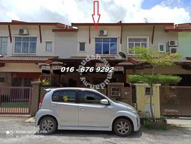 2 sty house at Puchong, Below Market 160k