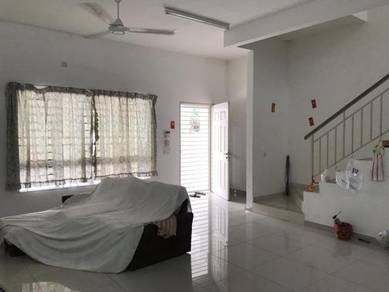 2 storey intermediate linkhouse Indah 13, Setia Alam