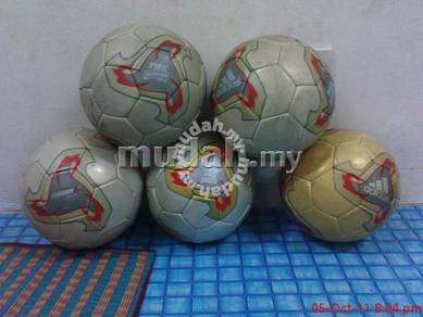 Adidas ball fevernova world cup