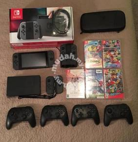 Nintendo Switch Bundle - Console, 5 Games, 6 Joyco