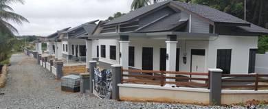 Rumah banglow moden 4 bilik & 3 bilik air di kampung durian guling