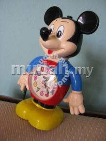 Pre Owned Mickey Mouse Table Clock