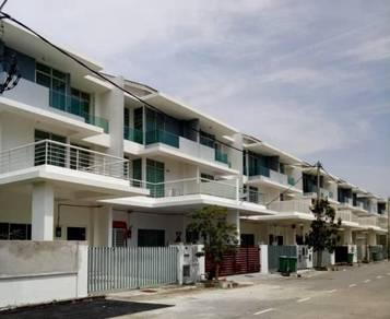 3 Storey Terrace Perdana SA65