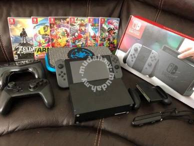 Nintendo Switch Bundle 7 Games, 2 Extra Controller