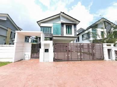 Villa (phase 5) d'kayangan,section 13(facing lake)