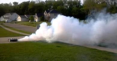 Smoke machine (fog machine)