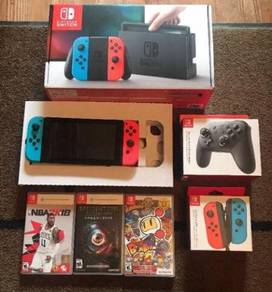 Nintendo Switch 32GB Neon Blue & Red Joy Con Bundl