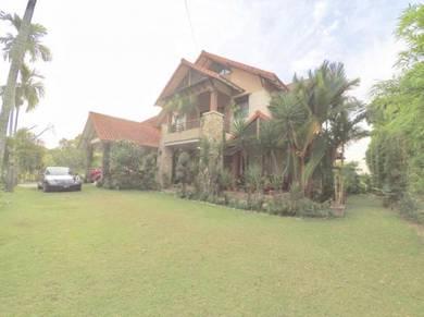 CANTIK DAN BESAR 🔥 2 Storey Bungalow Bangi Golf Resort Bangi