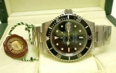 Rolex Submariner 16610 Date