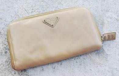 PRADA leather brown long wallet kueii
