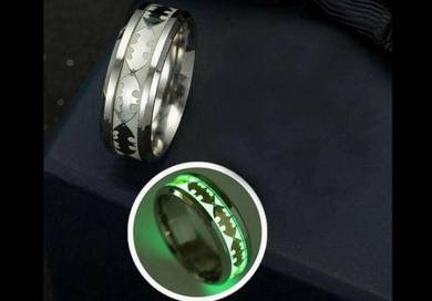 Nzz Batman Glowing Titanium Ring - Cincin 81