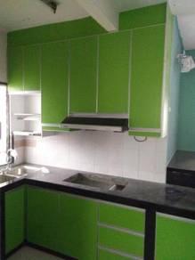 Kabinet dapur dan almari