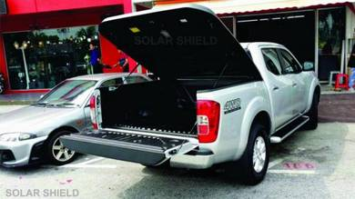Nissan Navara NP300 Aeroklas Deck Cover