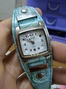 Original Carriege watch by Timex Lady