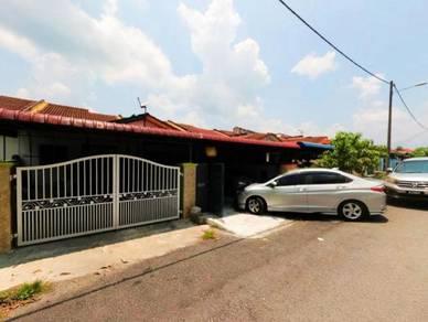 RUMAH CANTIK Taman Widuri Bukit Beruntung Sentosa Rawang FREEHOLD