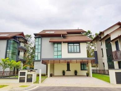 Bungalow with Private Pool & Lift Putrajaya