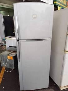 Toshiba 2 doors Fridge Refrigerator Peti Sejuk Ais