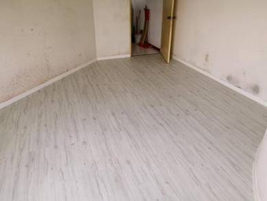 Vinyl Floor Lantai Timber Laminate PVC Floor Q587