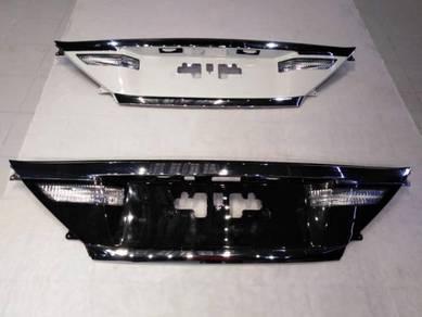 Vellfire Alphard Facelift Rear Plate Garnish 2012