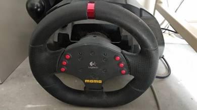 Logitech Momo Racing Steering Wheel
