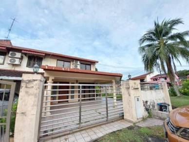 CORNER LOT | Double Storey Terrace House Jalan F4 Taman Melawati, KL