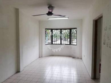 Nice unit at Ground floor for sale at permai apartment