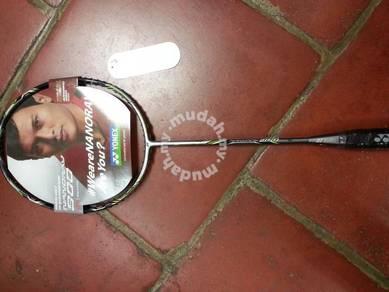 Nanoray 900 Racket