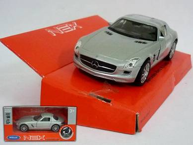 Mercedes benz SLS AMG diecast car (Silver)