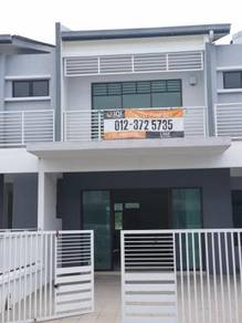House for sale, lakeside puchong, bdr puteri