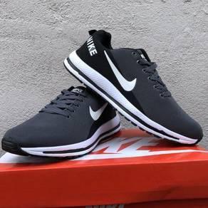 Nike Zoom Vomero 13 Black Grey