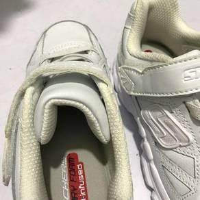 New Skecher Shoes for Kids (US 13 / UK 12 / EU 30)