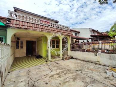 [extend]2 storey taman melawati jalan f with balcony near mall masjid