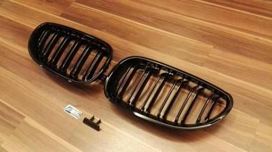 BMW E60 M5 Grille