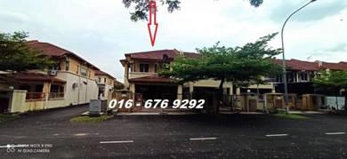 2 Sty House at Subang Jaya, Below Market 156k