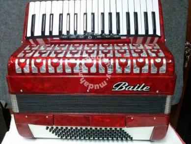 Baile 96 Bass Piano Accordion