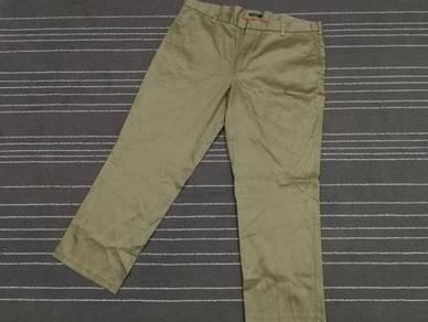 Dockers Sharp khaki classic fit w43