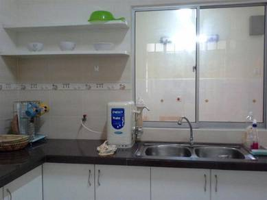 Taman Kristal/ Taman Krystal FURNISHED near Gurney Midlands