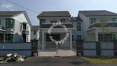 Double storey semi detached at Taman Sutera Wangi for sales