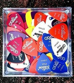 Pick Gitar