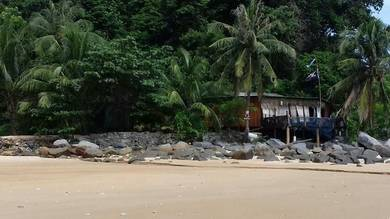 Spacious Beachfront Property on Tioman Island