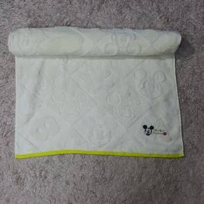 Disney Mickey Mouse Bath Towel