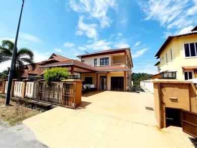 FREEHOLD 2 Storey Bungalow with Extra Land Putra Hill Residensi Bangi