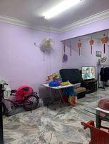 Greenview Taman Pusat Kepong , Good Condition , 3R2B , Lower Floor