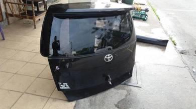 Bonnet Toyota BB 06-12 Japan