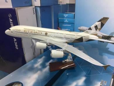 45cm Etihad Airbus A380 Airplane Model