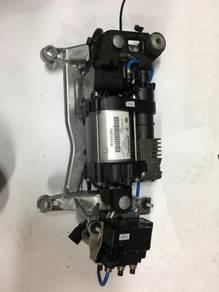 Porsche Cayenne 958 airmatic pump